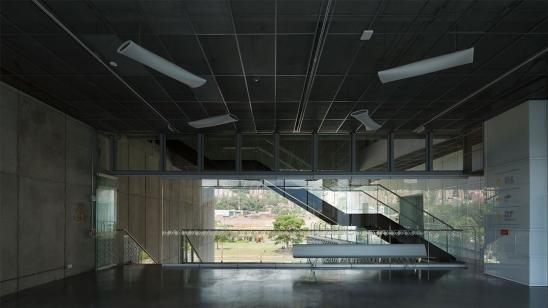 http://www.federicocairoli.com/files/gimgs/th-127_34_MAMM---©-Federico-Cairoli-(low).jpg