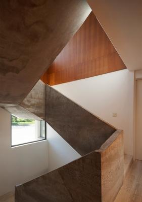 http://www.federicocairoli.com/files/gimgs/th-114_13_LSI - © Federico Cairoli (low).jpg