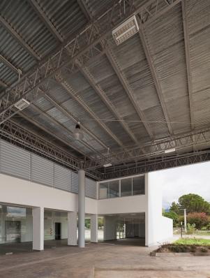 http://www.federicocairoli.com/files/gimgs/th-119_25_Terminal de Ómnibus - © Federico Cairoli (low).jpg