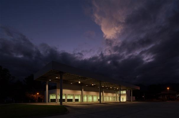 http://www.federicocairoli.com/files/gimgs/th-119_36_Terminal de Ómnibus - © Federico Cairoli (low).jpg