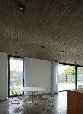 http://www.federicocairoli.com/files/gimgs/th-134_19_Casa-Acassuso---©-Federico-Cairoli-(low).jpg
