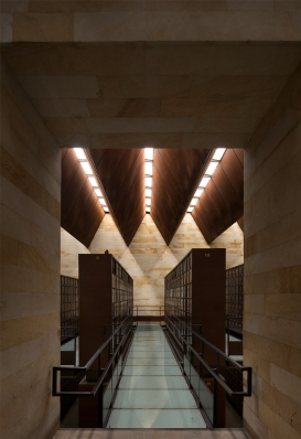 http://www.federicocairoli.com/files/gimgs/th-142_09_Templo-de-las-Cenizas-y-Crematorio---©-Federico-Cairoli-(low).jpg