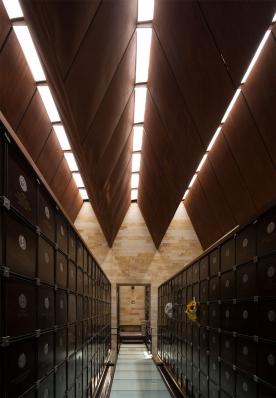 http://www.federicocairoli.com/files/gimgs/th-142_16_Templo-de-las-Cenizas-y-Crematorio---©-Federico-Cairoli-(low).jpg