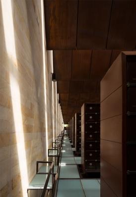 http://www.federicocairoli.com/files/gimgs/th-142_17_Templo-de-las-Cenizas-y-Crematorio---©-Federico-Cairoli-(low).jpg
