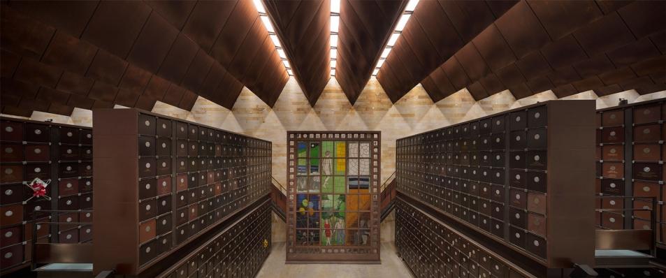 http://www.federicocairoli.com/files/gimgs/th-142_19_Templo-de-las-Cenizas-y-Crematorio---©-Federico-Cairoli-(low).jpg