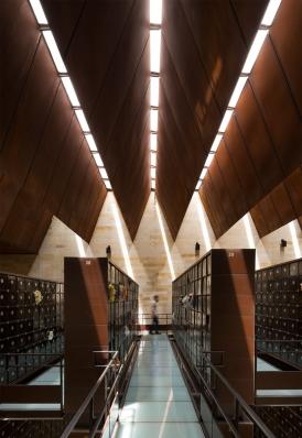 http://www.federicocairoli.com/files/gimgs/th-142_12_Templo-de-las-Cenizas-y-Crematorio---©-Federico-Cairoli-(low).jpg