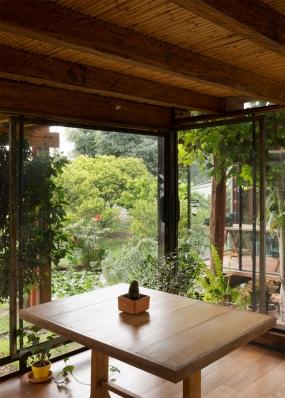 http://www.federicocairoli.com/files/gimgs/th-144_33_Casa-en-el-Carrizal---©-Federico-Cairoli-(low).jpg