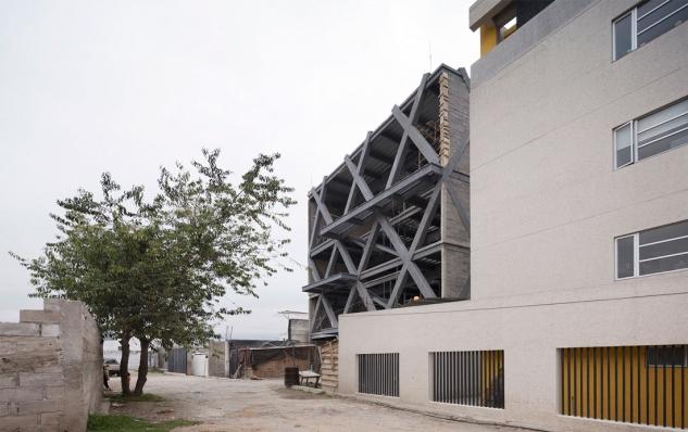 http://www.federicocairoli.com/files/gimgs/th-145_01_Edificio-Melies---©-Federico-Cairoli-(low).jpg