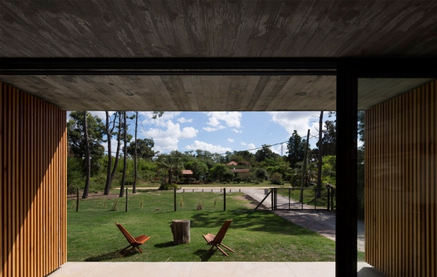 http://www.federicocairoli.com/files/gimgs/th-153_18_Casa-Marindia---©-Federico-Cairoli-(low).jpg