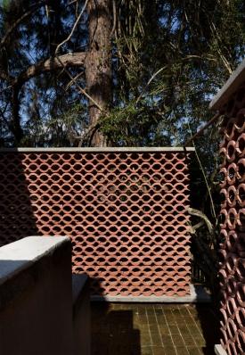 http://www.federicocairoli.com/files/gimgs/th-155_06_Sauna-Sao-Roque---©-Federico-Cairoli-(low).jpg