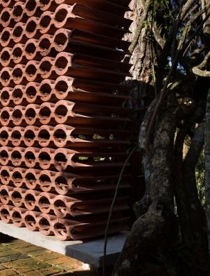 http://www.federicocairoli.com/files/gimgs/th-155_12_Sauna-Sao-Roque---©-Federico-Cairoli-(low).jpg