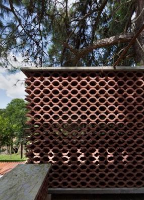 http://www.federicocairoli.com/files/gimgs/th-155_22_Sauna-Sao-Roque---©-Federico-Cairoli-(low).jpg