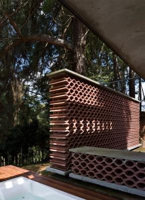 http://www.federicocairoli.com/files/gimgs/th-155_24_Sauna-Sao-Roque---©-Federico-Cairoli-(low).jpg