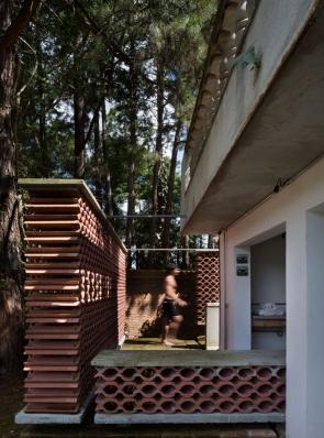 http://www.federicocairoli.com/files/gimgs/th-155_25_Sauna-Sao-Roque---©-Federico-Cairoli-(low).jpg