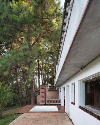 http://www.federicocairoli.com/files/gimgs/th-155_39_Sauna-Sao-Roque---©-Federico-Cairoli-(low).jpg
