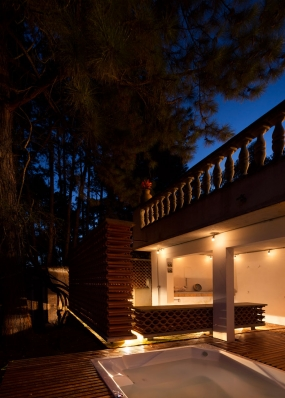 http://www.federicocairoli.com/files/gimgs/th-155_51_Sauna-Sao-Roque---©-Federico-Cairoli-(low).jpg