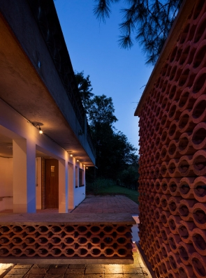 http://www.federicocairoli.com/files/gimgs/th-155_48_Sauna-Sao-Roque---©-Federico-Cairoli-(low).jpg