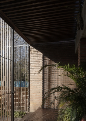 http://www.federicocairoli.com/files/gimgs/th-371_12_Casa VG_revisita - © Federico Cairoli (low).jpg