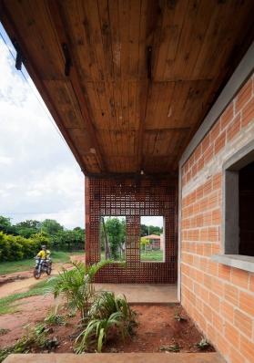http://www.federicocairoli.com/files/gimgs/th-71_06_Centro de Desarrollo Comuniatio - Ph_Federico Cairoli.jpg
