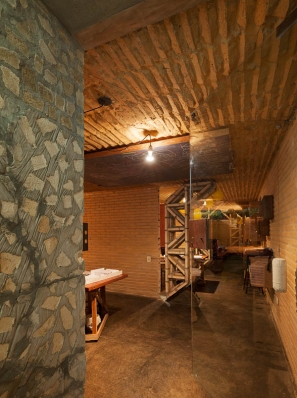 http://www.federicocairoli.com/files/gimgs/th-76_05_Gabinete de Arquitectura - Ph_Federico Cairoli (low)_v2.jpg