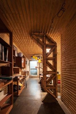 http://www.federicocairoli.com/files/gimgs/th-76_14_Gabinete de Arquitectura - Ph_Federico Cairoli (low)_v2.jpg