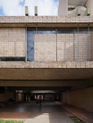 http://www.federicocairoli.com/files/gimgs/th-85_07_Casa Fanego - © Federico Cairoli (low)_v2.jpg