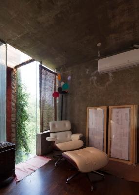 http://www.federicocairoli.com/files/gimgs/th-86_19_Casa en el Aire - © Federico Cairoli (low).jpg
