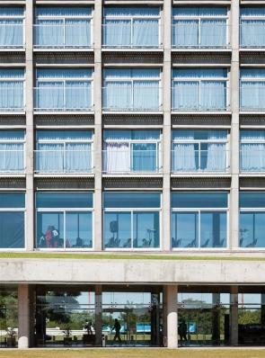 http://www.federicocairoli.com/files/gimgs/th-96_29_Hotel UNL - ATE - © Federico Cairoli (low).jpg