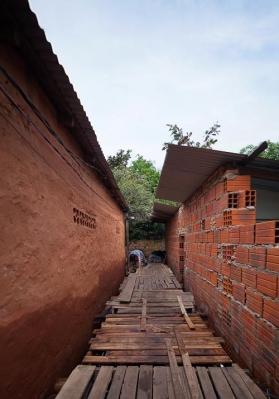 http://www.federicocairoli.com/files/gimgs/th-26_09_Puente Aqua Alta - Ph_Federico Cairoli (low).jpg
