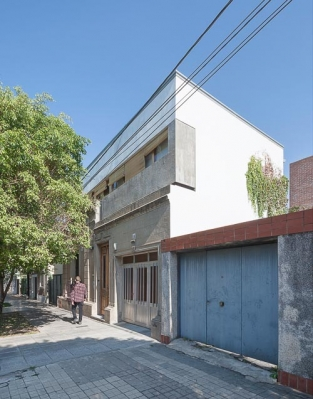 http://www.federicocairoli.com/files/gimgs/th-47_02_Casa Güemes - Ph_Federico Cairoli (low).jpg