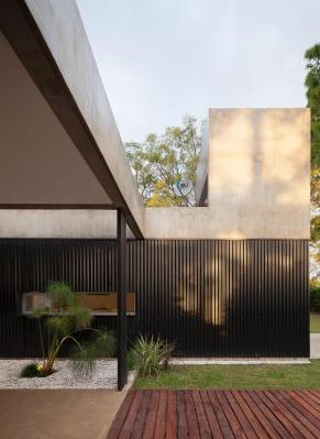 http://www.federicocairoli.com/files/gimgs/th-63_16_Casa en el Pinar - Ph_Federico Cairoli (low).jpg