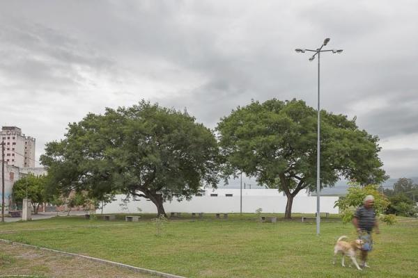 http://www.federicocairoli.com/files/gimgs/th-13_01_Colegio de  Médicos de Salta - Ph_Federico Cairoli (low).jpg