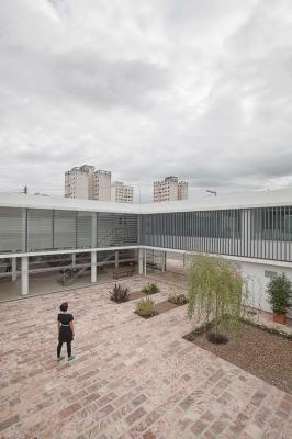 http://www.federicocairoli.com/files/gimgs/th-13_08_Colegio de  Médicos de Salta - Ph_Federico Cairoli (low).jpg
