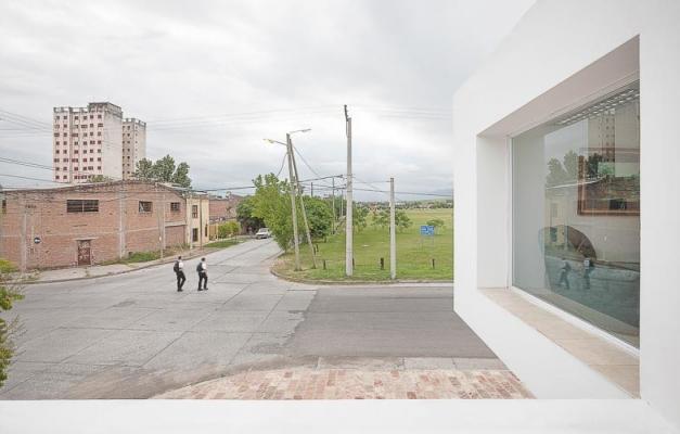 http://www.federicocairoli.com/files/gimgs/th-13_10_Colegio de  Médicos de Salta - Ph_Federico Cairoli (low).jpg