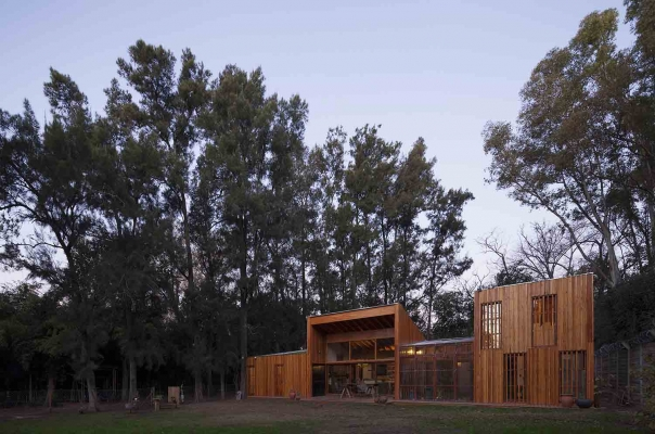 http://www.federicocairoli.com/files/gimgs/th-88_27_Casa AA - © Federico Cairoli (low).jpg