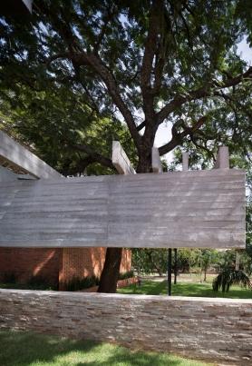 http://www.federicocairoli.com/files/gimgs/th-148_05_Vivienda-Los-Mangos---©-Federico-Cairoli-(low).jpg