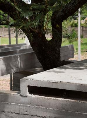 http://www.federicocairoli.com/files/gimgs/th-148_38_Vivienda-Los-Mangos---©-Federico-Cairoli-(low).jpg