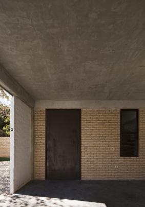 http://www.federicocairoli.com/files/gimgs/th-241_16_Pai_nu - © Federico Cairoli (low).jpg
