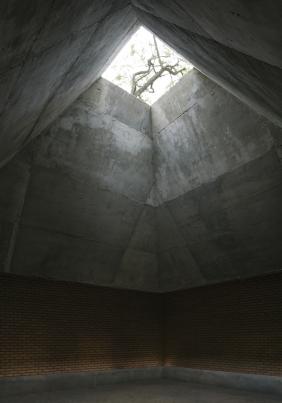 http://www.federicocairoli.com/files/gimgs/th-258_12_Casa Pastoral - © Federico Cairoli (low).jpg