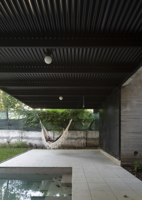 http://www.federicocairoli.com/files/gimgs/th-384_69_Casa ATO_IR - © Federico Cairoli (low).jpg