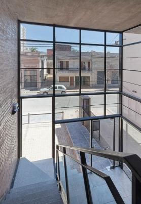 http://www.federicocairoli.com/files/gimgs/th-42_08_Edificio 1ero de Mayo - Ph_Federico Cairoli (low).jpg