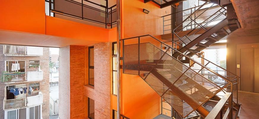http://www.federicocairoli.com/files/gimgs/th-42_14_Edificio 1ero de Mayo - Ph_Federico Cairoli (low).jpg
