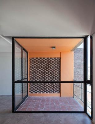 http://www.federicocairoli.com/files/gimgs/th-42_28_Edificio 1ero de Mayo - Ph_Federico Cairoli (low).jpg