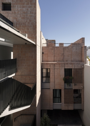 http://www.federicocairoli.com/files/gimgs/th-306_23_Edificio Olaguer - © Federico Cairoli (low).jpg