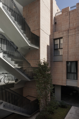 http://www.federicocairoli.com/files/gimgs/th-306_28_Edificio Olaguer - © Federico Cairoli (low).jpg