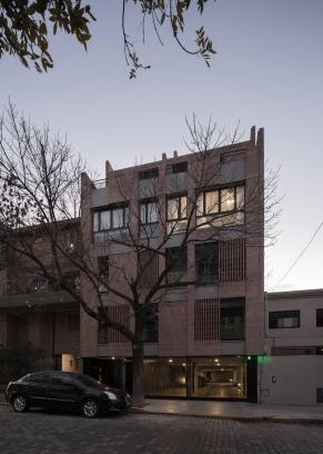 http://www.federicocairoli.com/files/gimgs/th-306_55_Edificio Olaguer - © Federico Cairoli (low).jpg