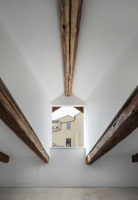 http://www.federicocairoli.com/files/gimgs/th-320_38_Apartamento Moreno- © Federico Cairoli (low).jpg