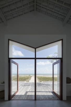 http://www.federicocairoli.com/files/gimgs/th-382_07_Casa Modico - © Federico Cairoli (low).jpg