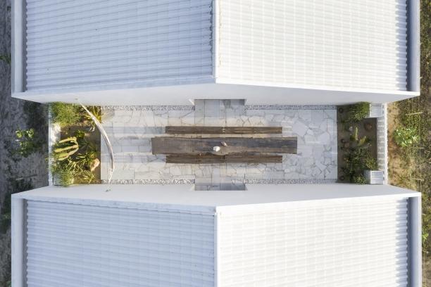 http://www.federicocairoli.com/files/gimgs/th-382_03_Casa Modico - © Federico Cairoli (low).jpg