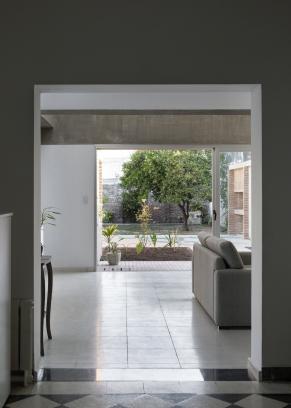 http://www.federicocairoli.com/files/gimgs/th-387_01_Casa para Jorgelina - © Federico Cairoli (low).jpg